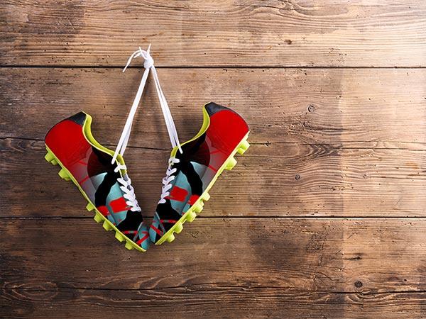 Sie sehen Sneakers im Design von Free Form° 6.